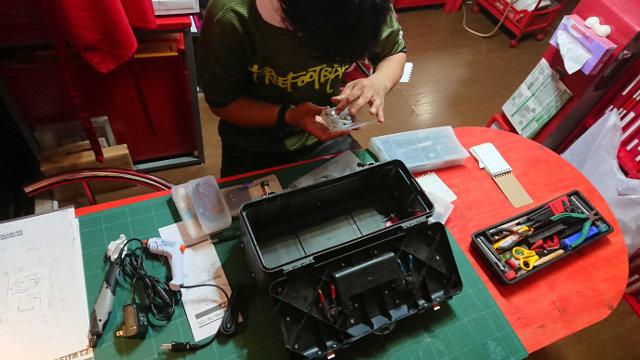 工具箱に常備している種類も数も多い工具類の名前と使い方を覚えるのに四苦八苦!でもできることからコツコツと!